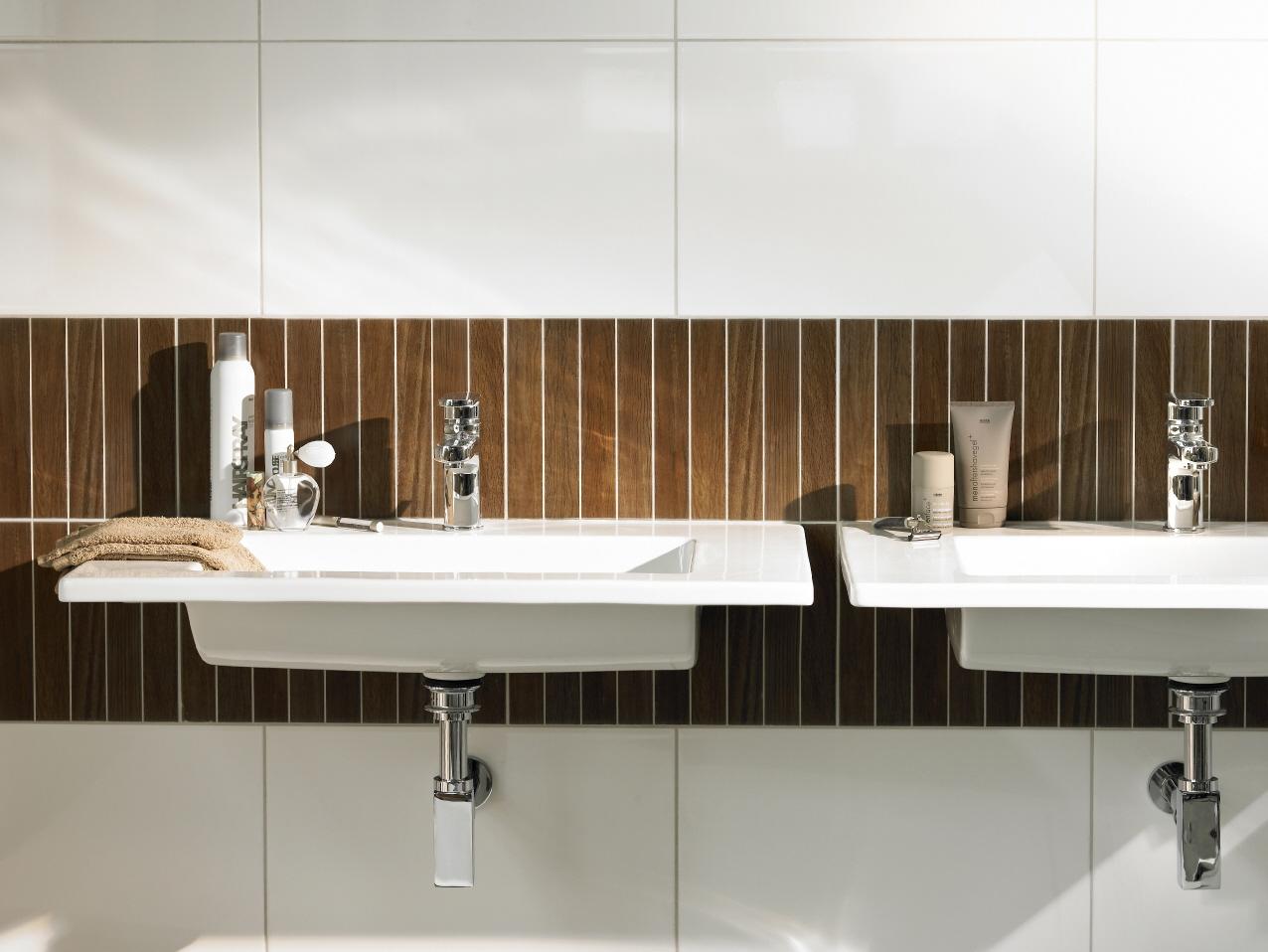 De evolutie van de badkamer: trends van 1950 tot nu | Praxis blog