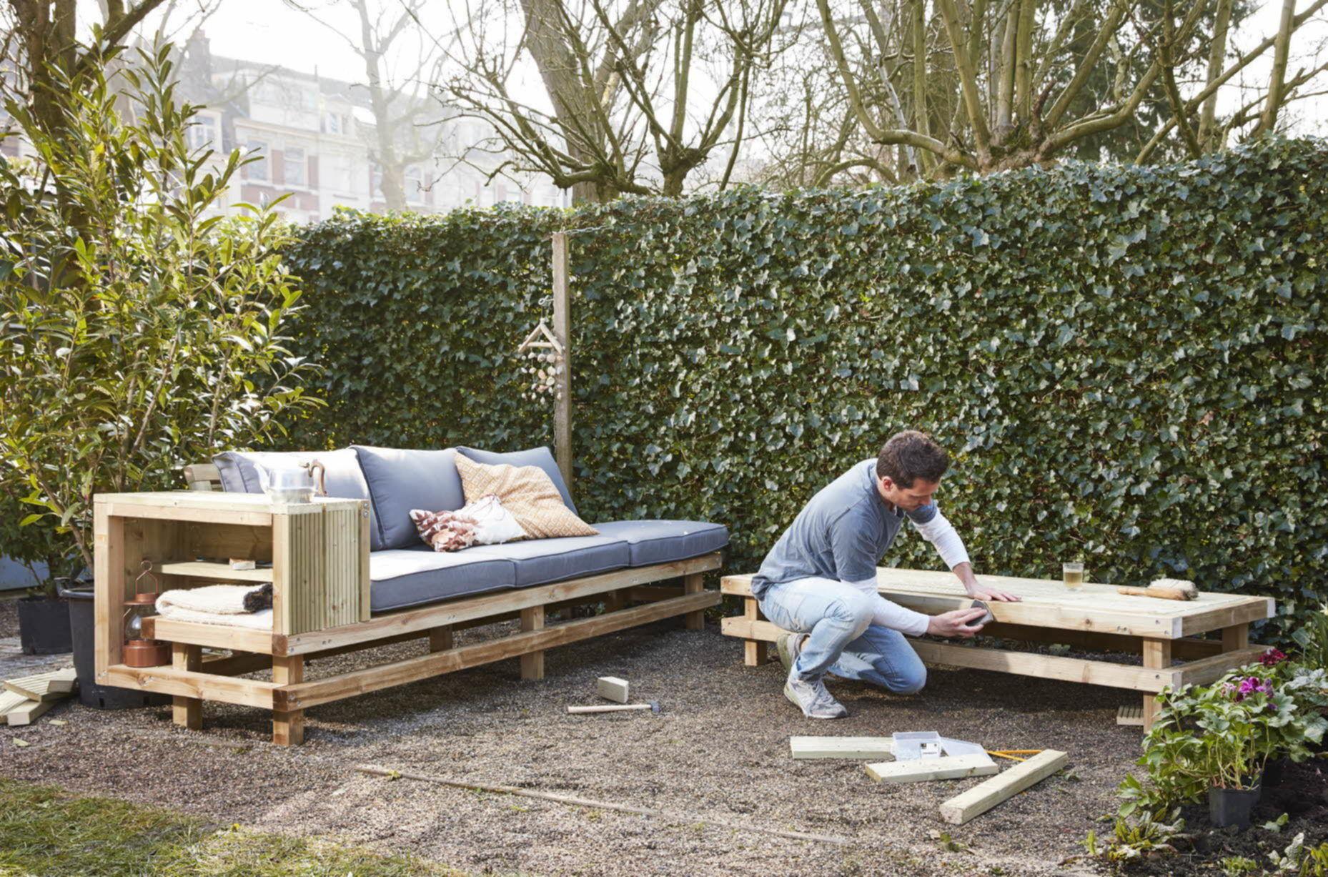Extreem Loungebank van pallets | voordemakers.nl &PH02