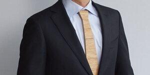 Maak een houten stropdas