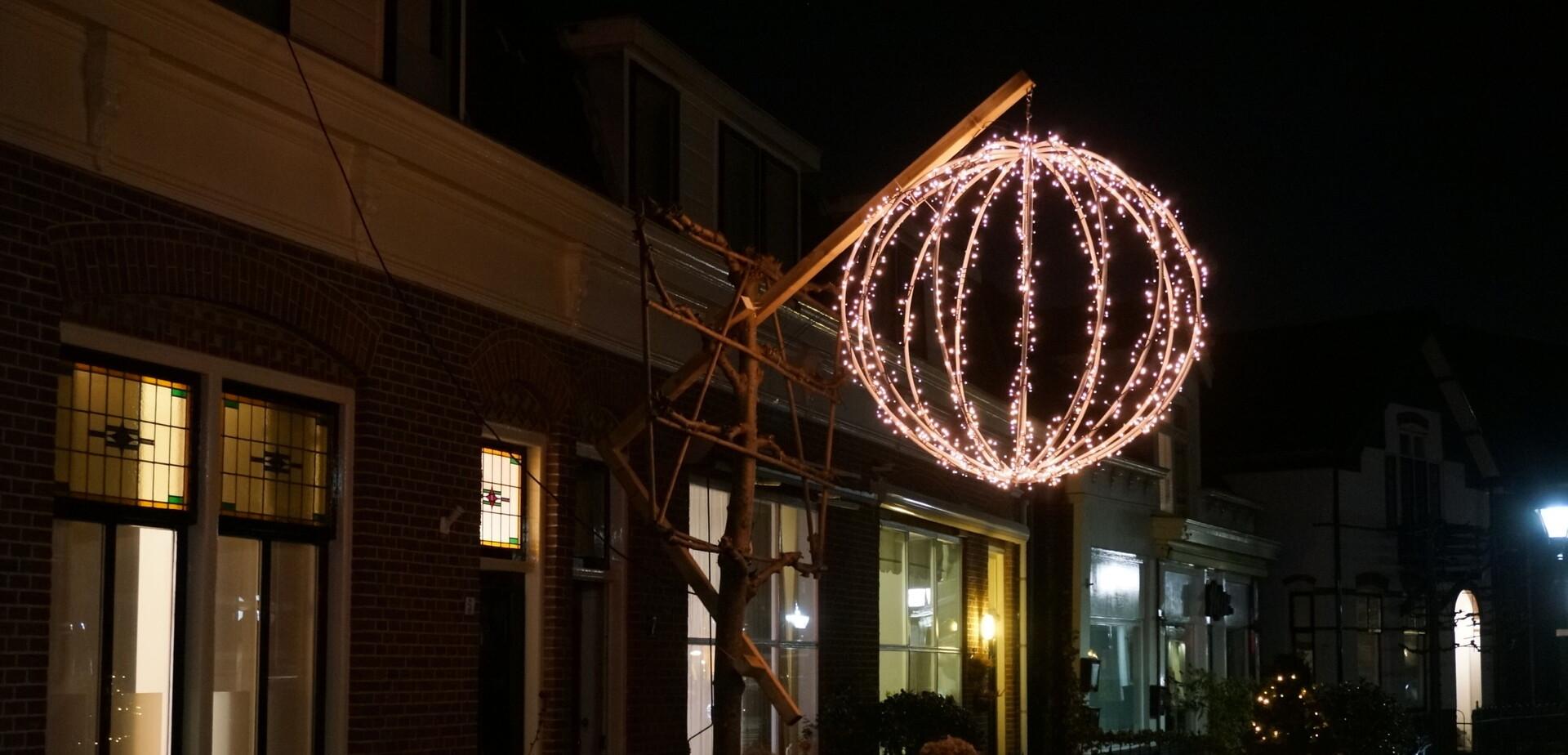 Mega kerstbal maken | voordemakers.nl