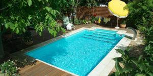 Zwembad in eigen tuin