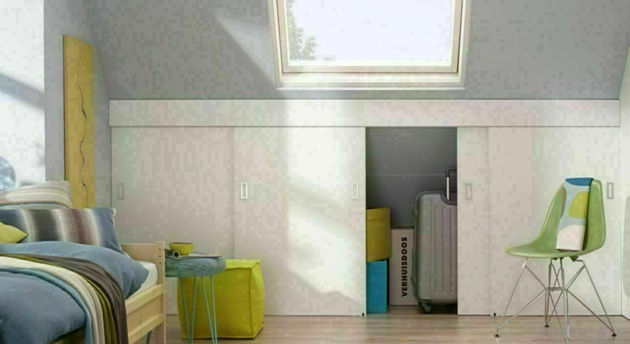 Schuifdeur Badkamer Hout : Schuifdeuren voor een opbergruimte op zolder voordemakers