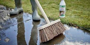 Terras schoonmaken