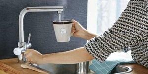 Hoe installeer je de Insinkerator heetwaterkraan?
