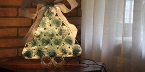 Kerstboom van glazen (babyvoedings)potjes