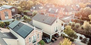 Jouw woning verduurzamen? Kies voor zonnepanelen!