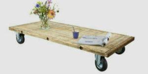 Steigerhout tafel met wieltjes
