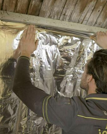 Hoe isoleer je een schuin dak?