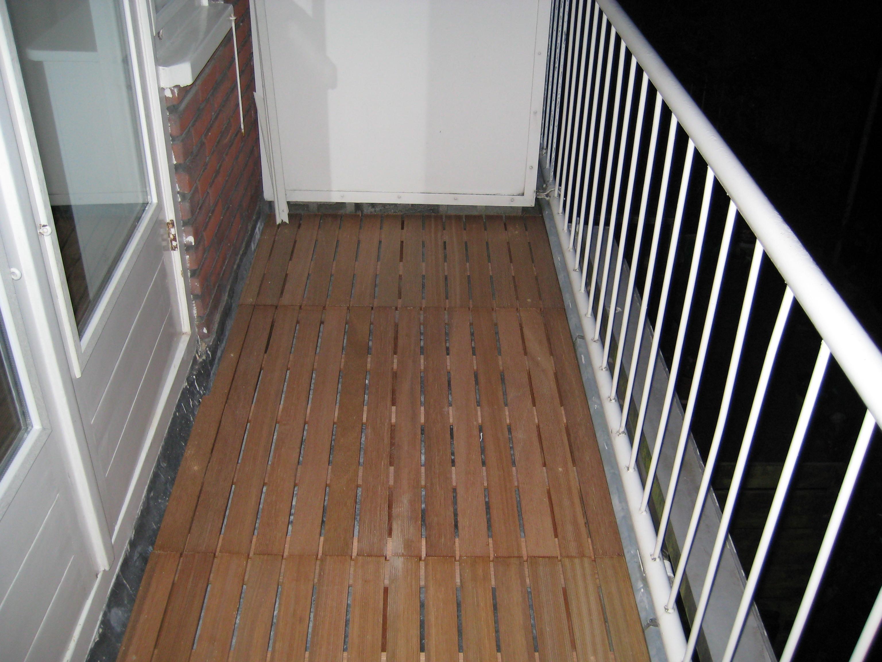 Houten Balkon Meubels : Vlonder balkon voordemakers.nl