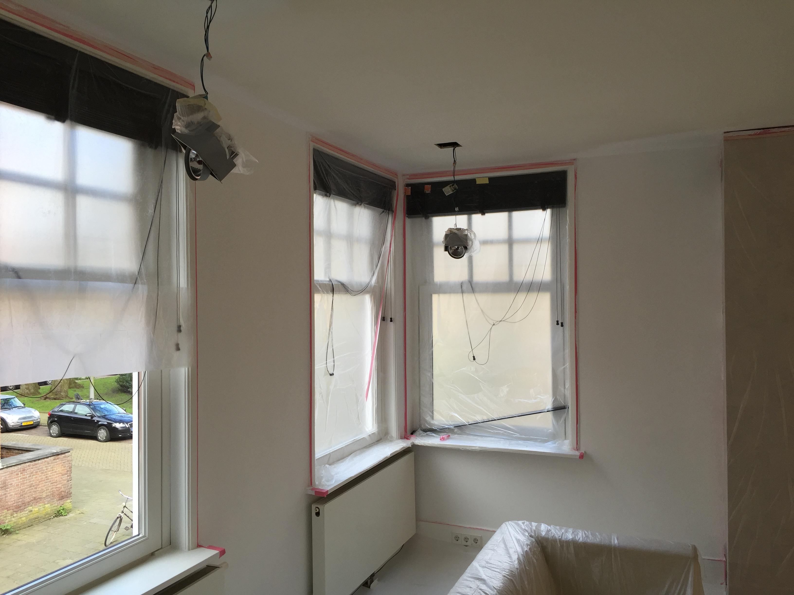 Lekkage Plafond Woonkamer : Plafond lekage repareren voordemakers