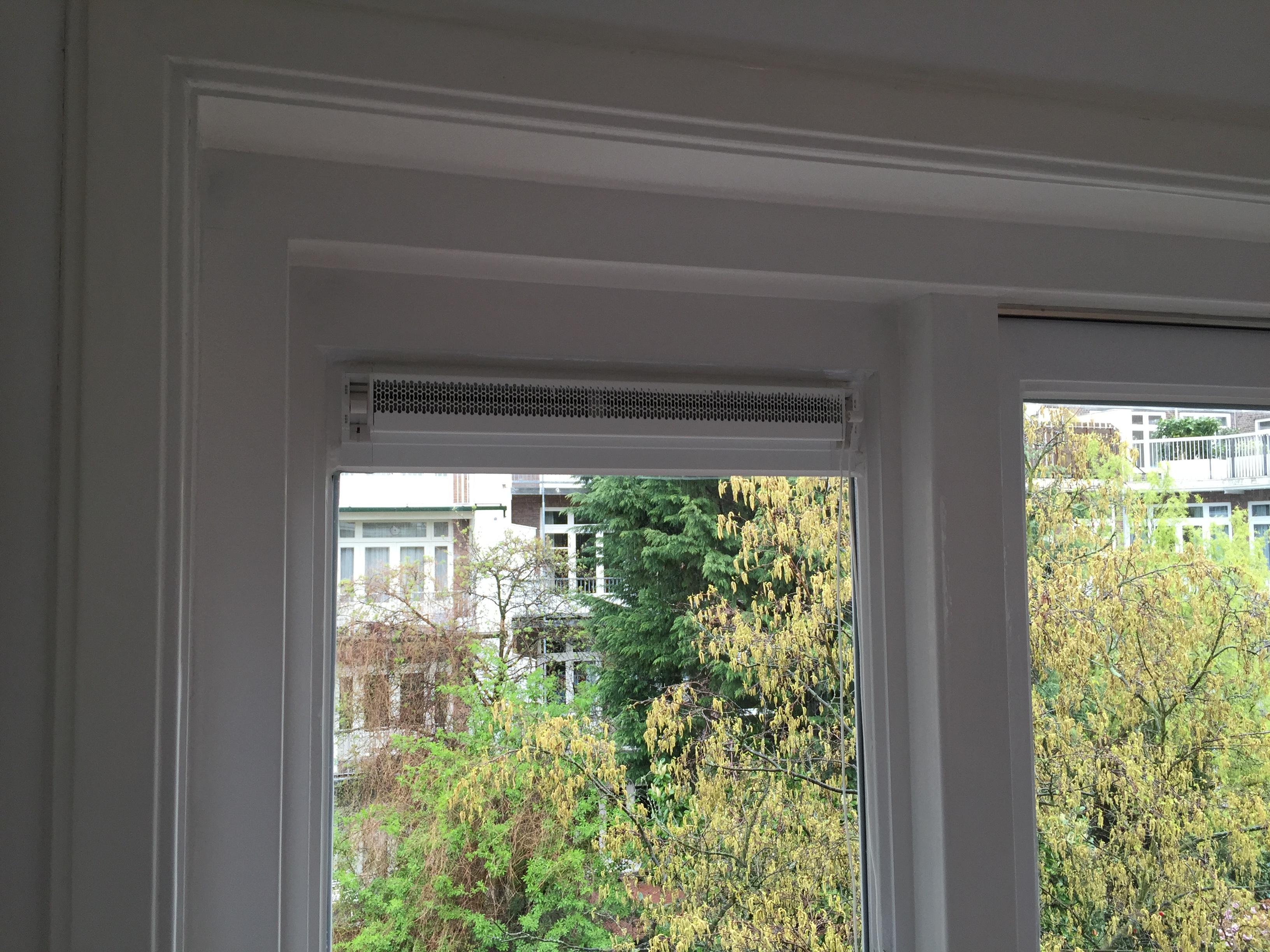 Vaak Ventilatierooster in raam (TIP) | voordemakers.nl UU31