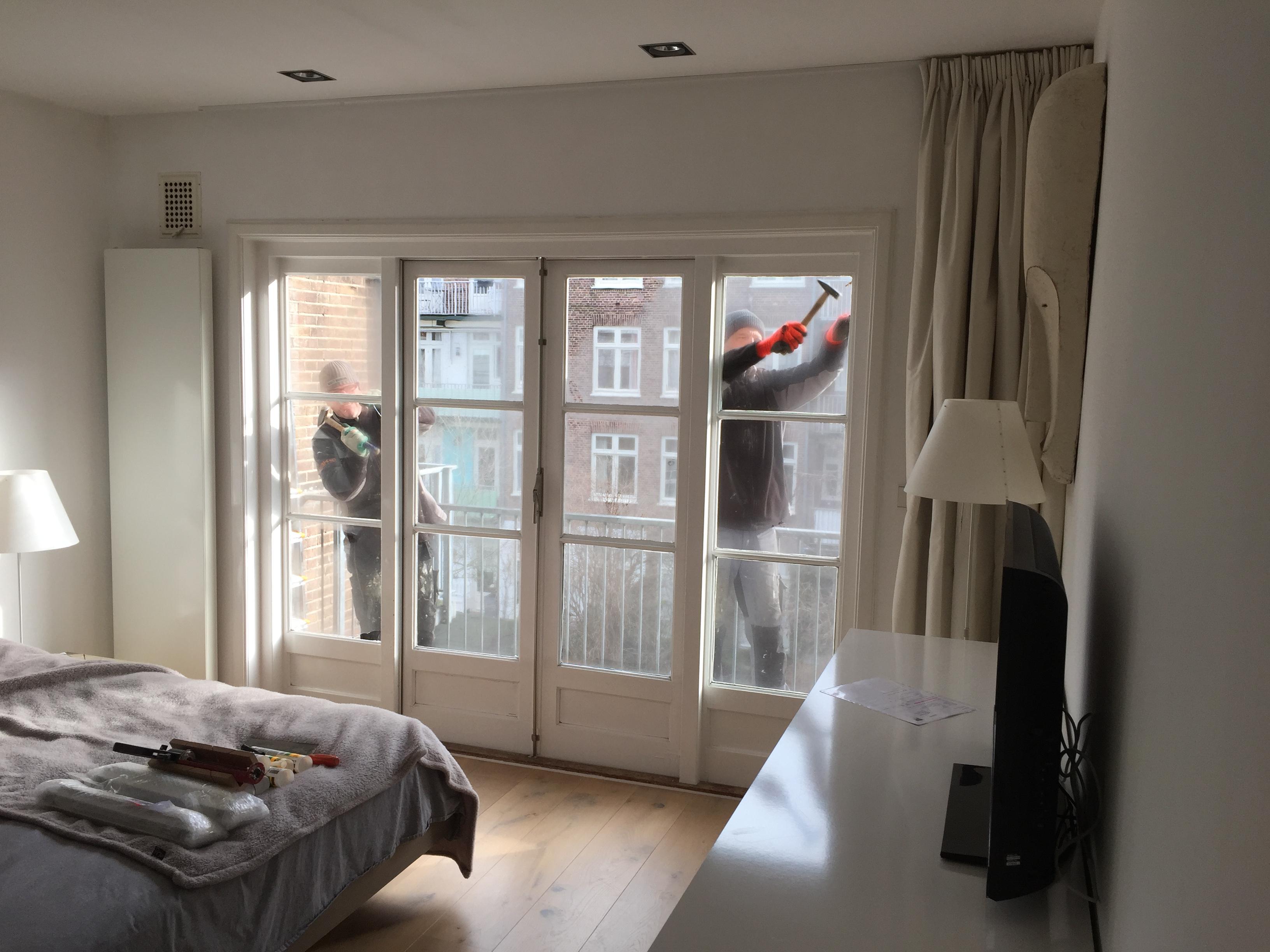 Dubbel glas in de slaapkamer voordemakers