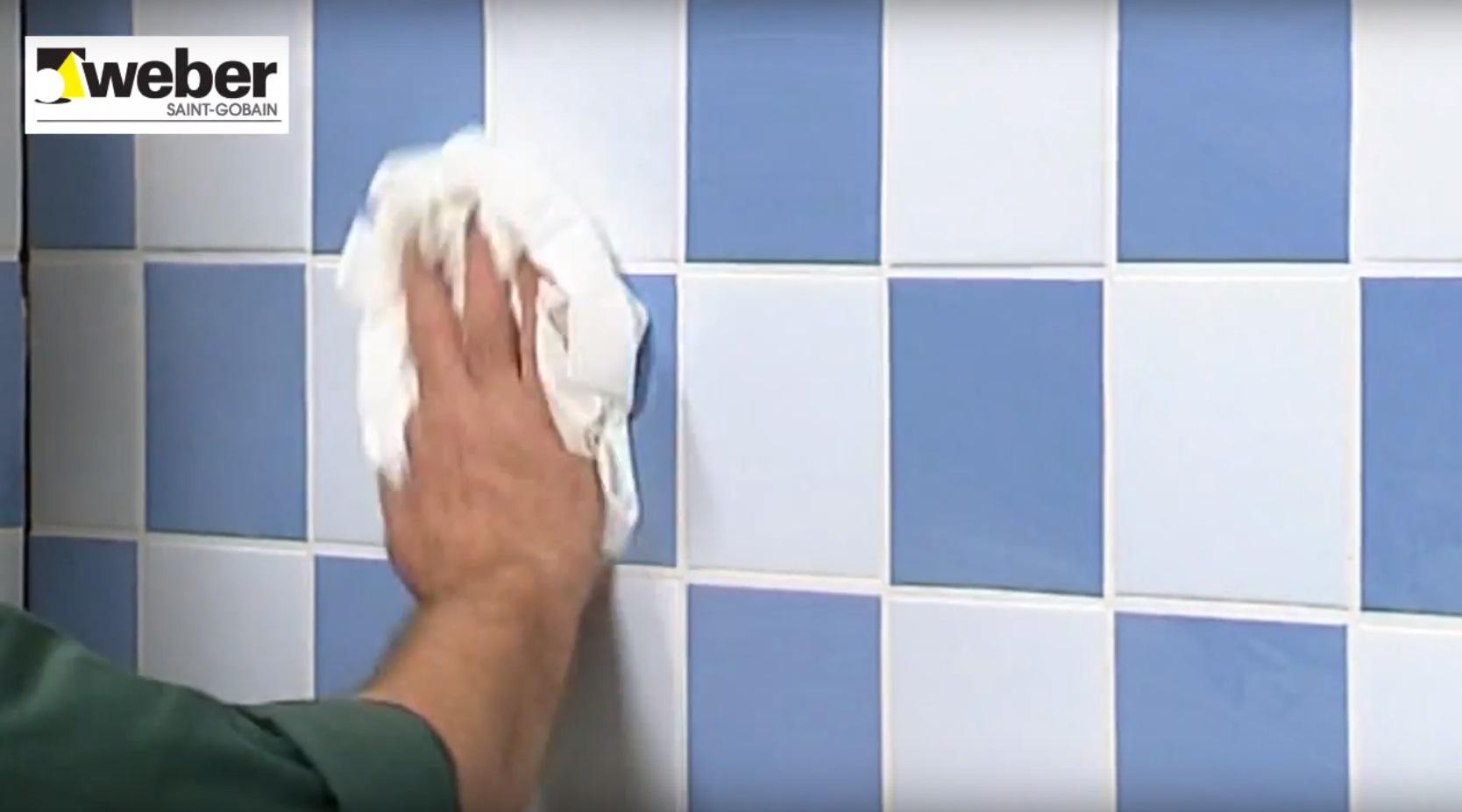 Het voegen van wandtegels of vloertegels | voordemakers.nl