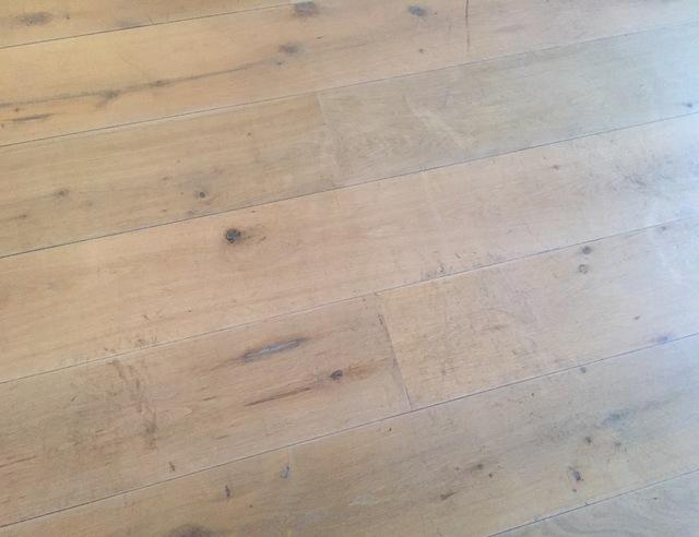 Gebruikte Houten Vloer : Houten vloer opnieuw in de olie voordemakers