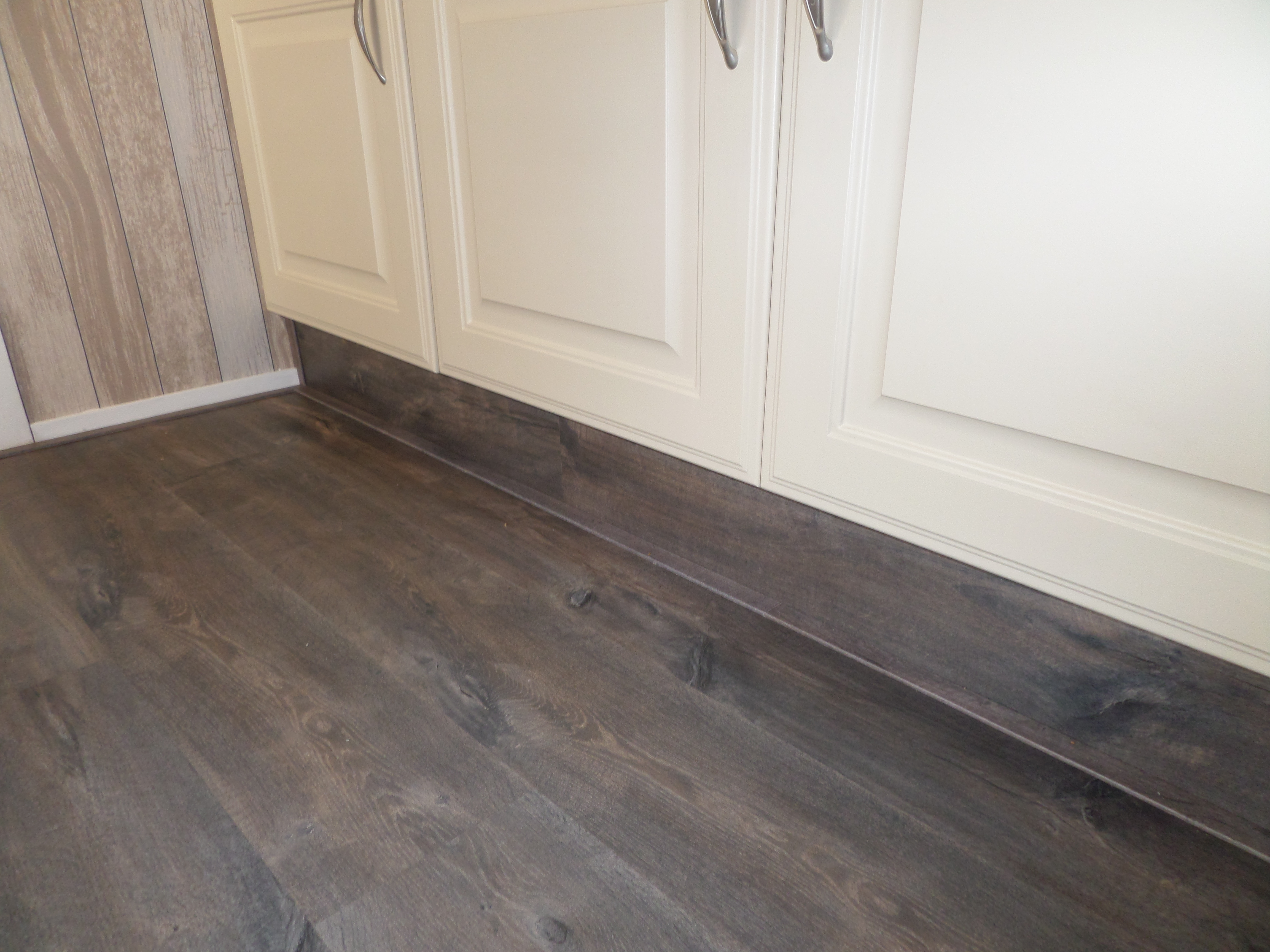 laminaat vloer leggen quick step voordemakers