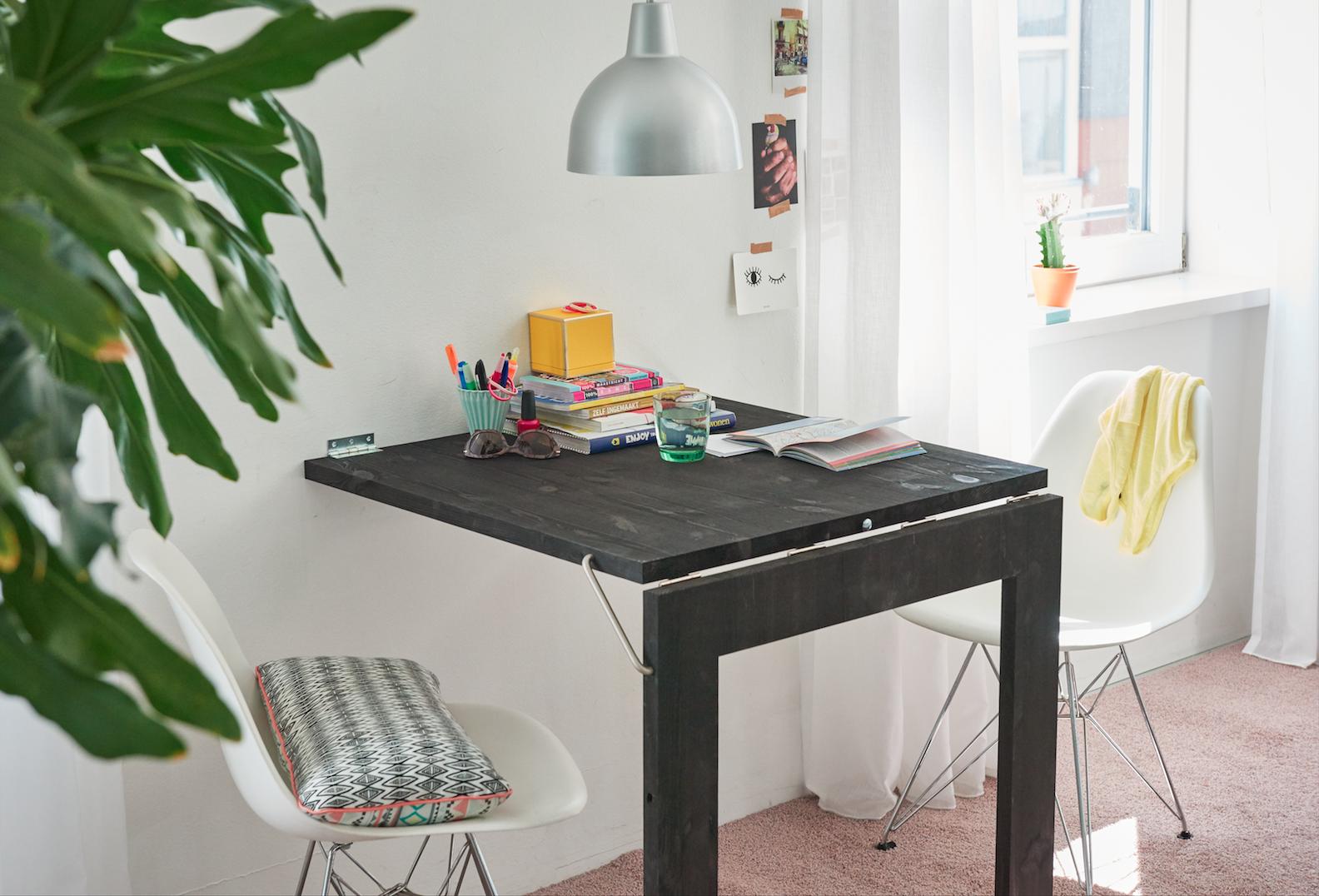 Zelf Tafel Maken : Een opklapbare spiegel tafel maken voordemakers