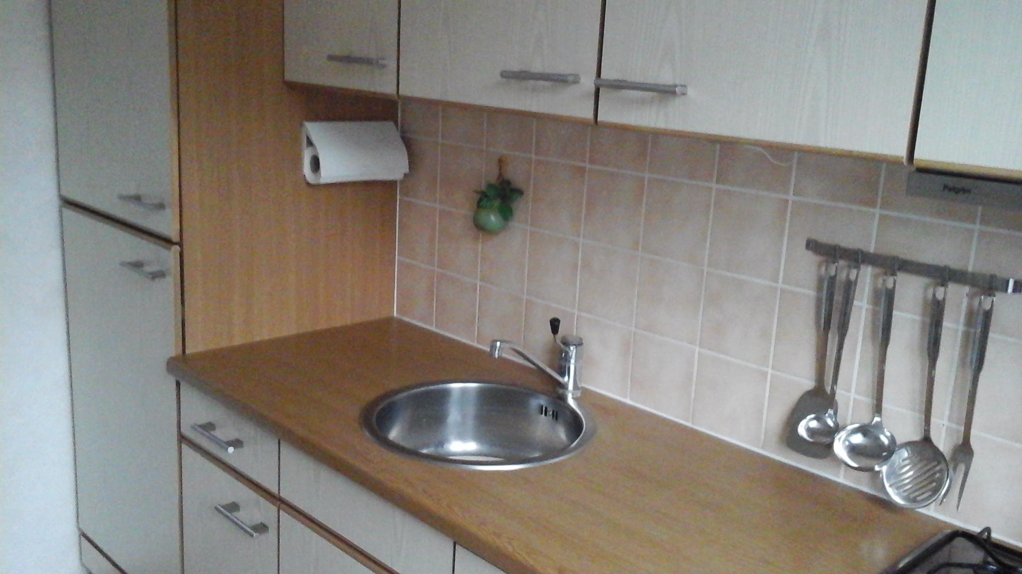 Bekend Ik wil mijn keukenkastjes schilderen en aanrechtblad lakken Hoe ID79