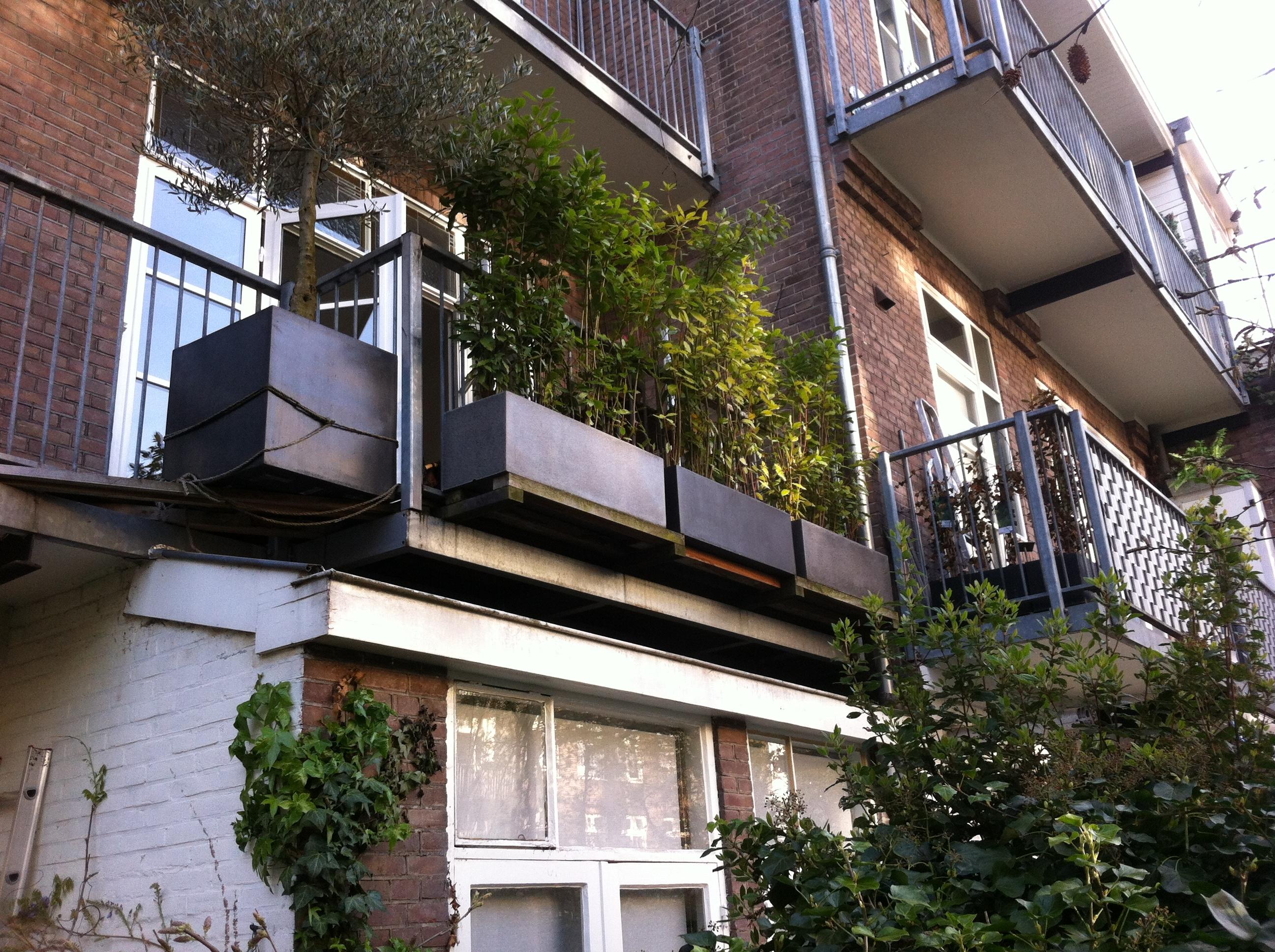 Meer ruimte op je balkon for Balkon bloembak