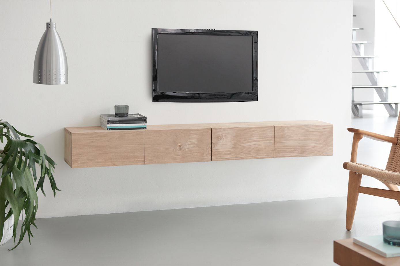 Tv Meubel Wieltjes : Tv meubel steigerbuis firma hout staal