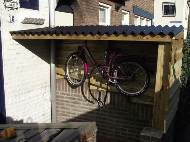 Hoe maakt men een overkapping voor fietsen voordemakers