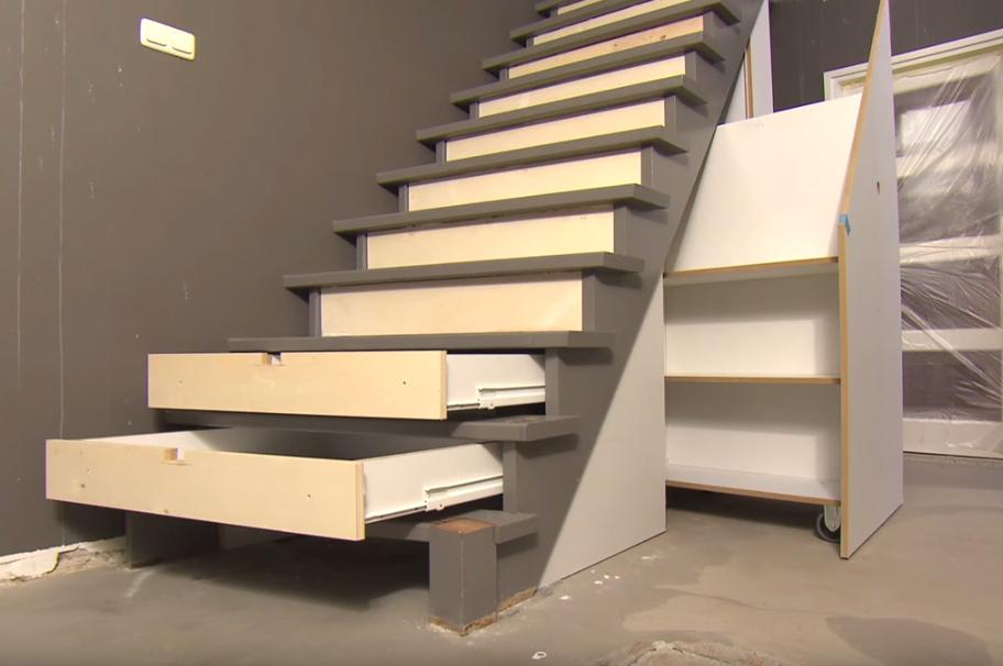 Super Verrijdbare lades onder trap | voordemakers.nl @PQ68