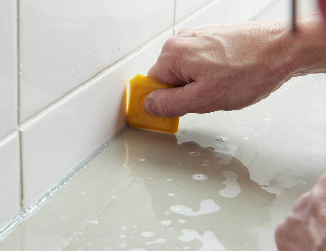 Kit Verwijderen Badkamer : Kit verwijderen badkamer nieuw beypeopleve afbeeldingen u het