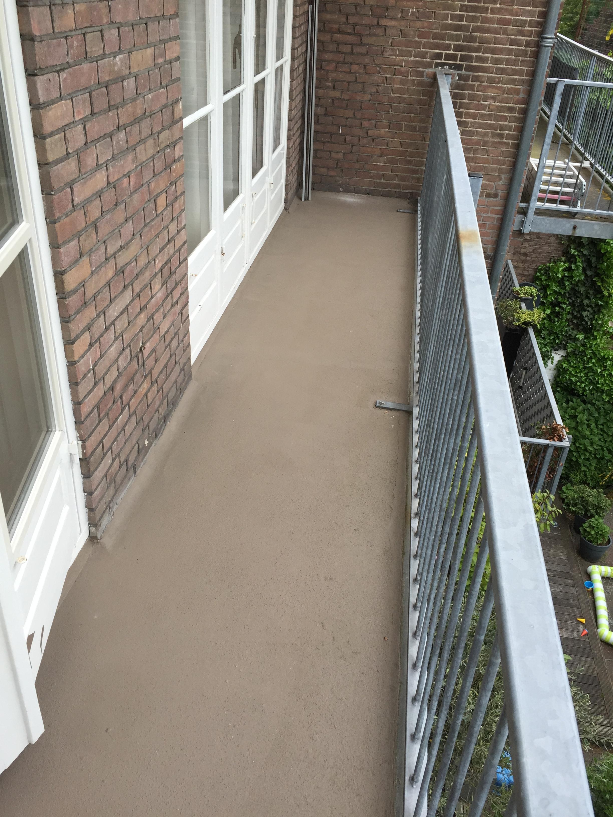 Vaak Betonverf aanbrengen | voordemakers.nl JM32