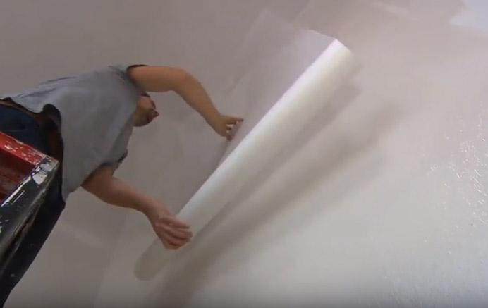 Glasvlies Behang Badkamer : Glasvliesbehang op de muur aanbrengen voordemakers