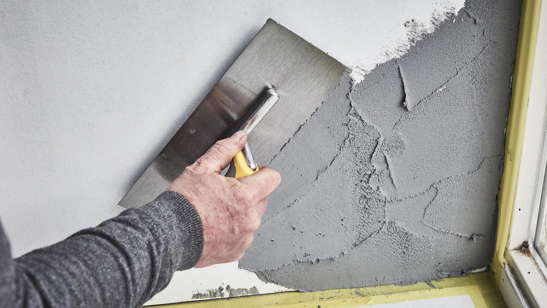 Muur in betonlook maken voordemakers.nl