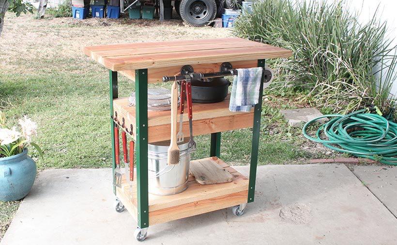 Zelf Barbecue Maken : Barbecue tafel op wielen voordemakers