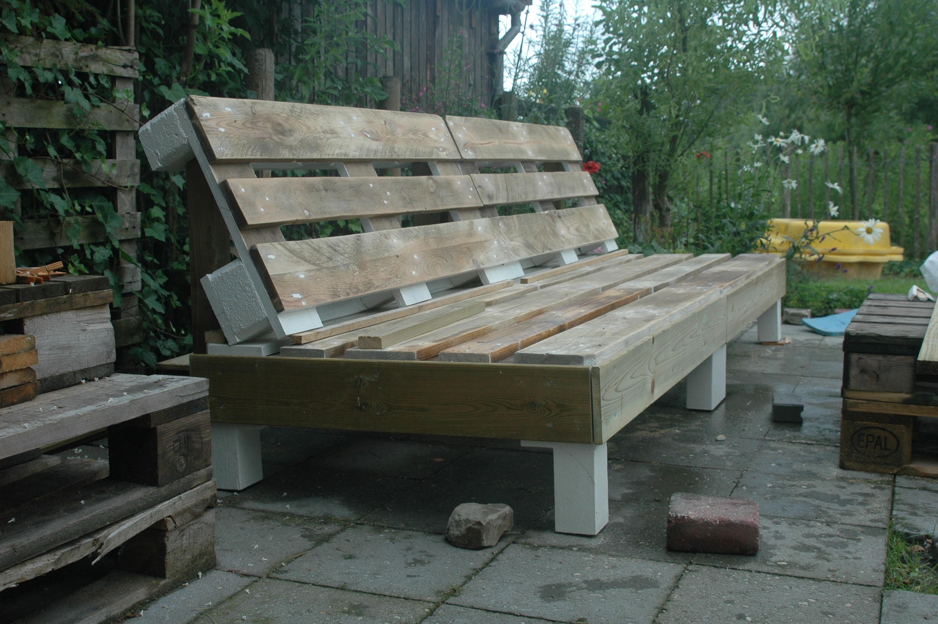 Loungebank van pallets   voordemakers nl