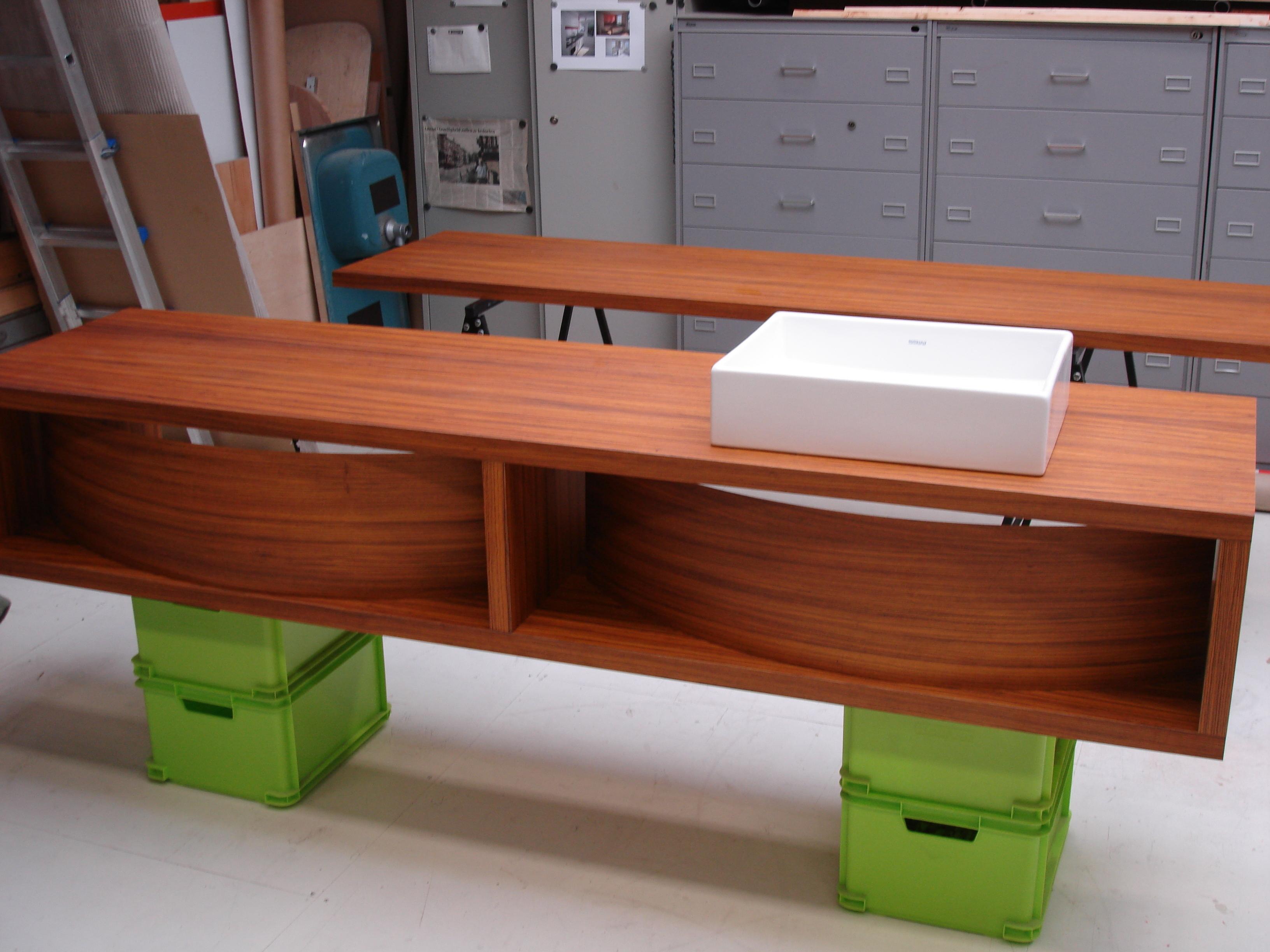 Wastafel Op Maat : Wastafel meubel op maat voordemakers