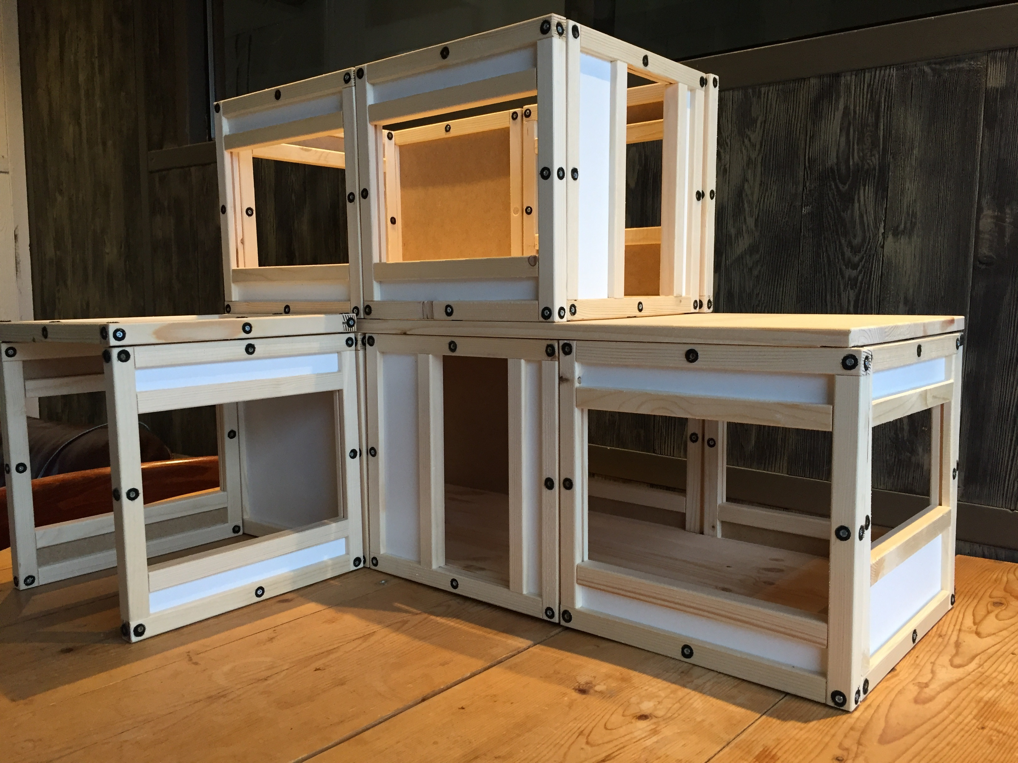 Je eigen poppen huis maken for Poppenhuis bouwen