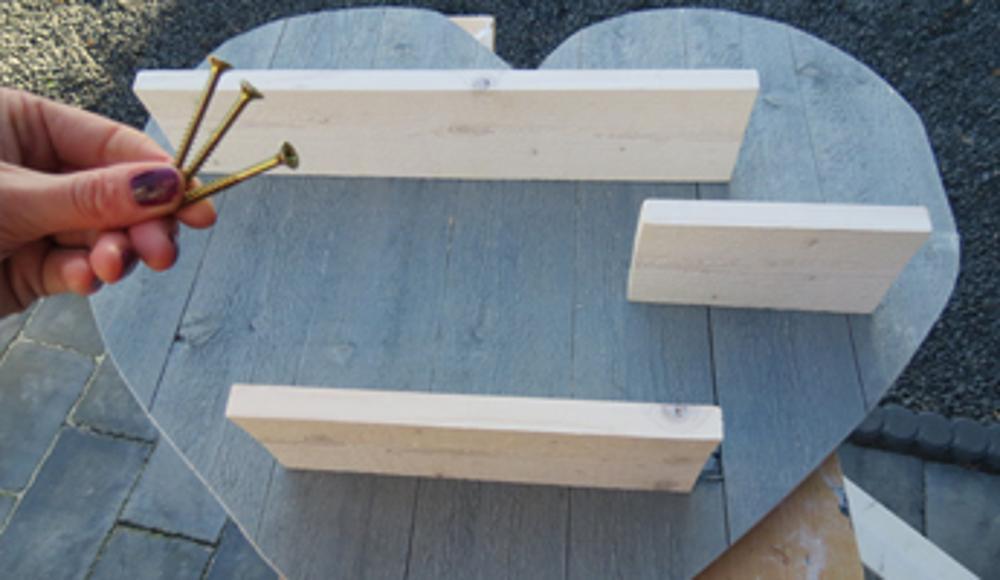 Wandlamp Steigerhout Slaapkamer : Steigerhouten hart maken voor valentijn voordemakers